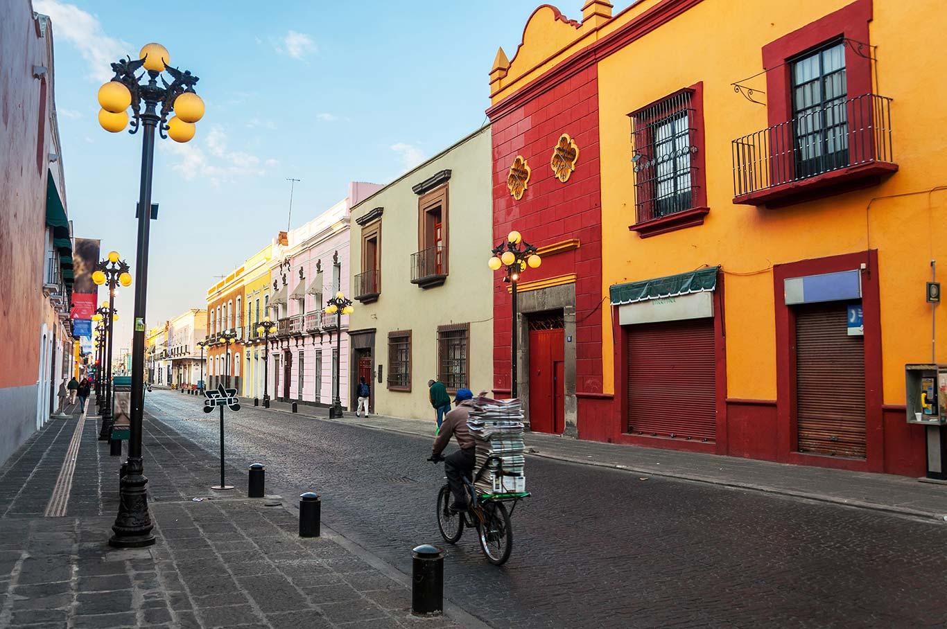 Fotolia_117529740_L-Puebla.jpg